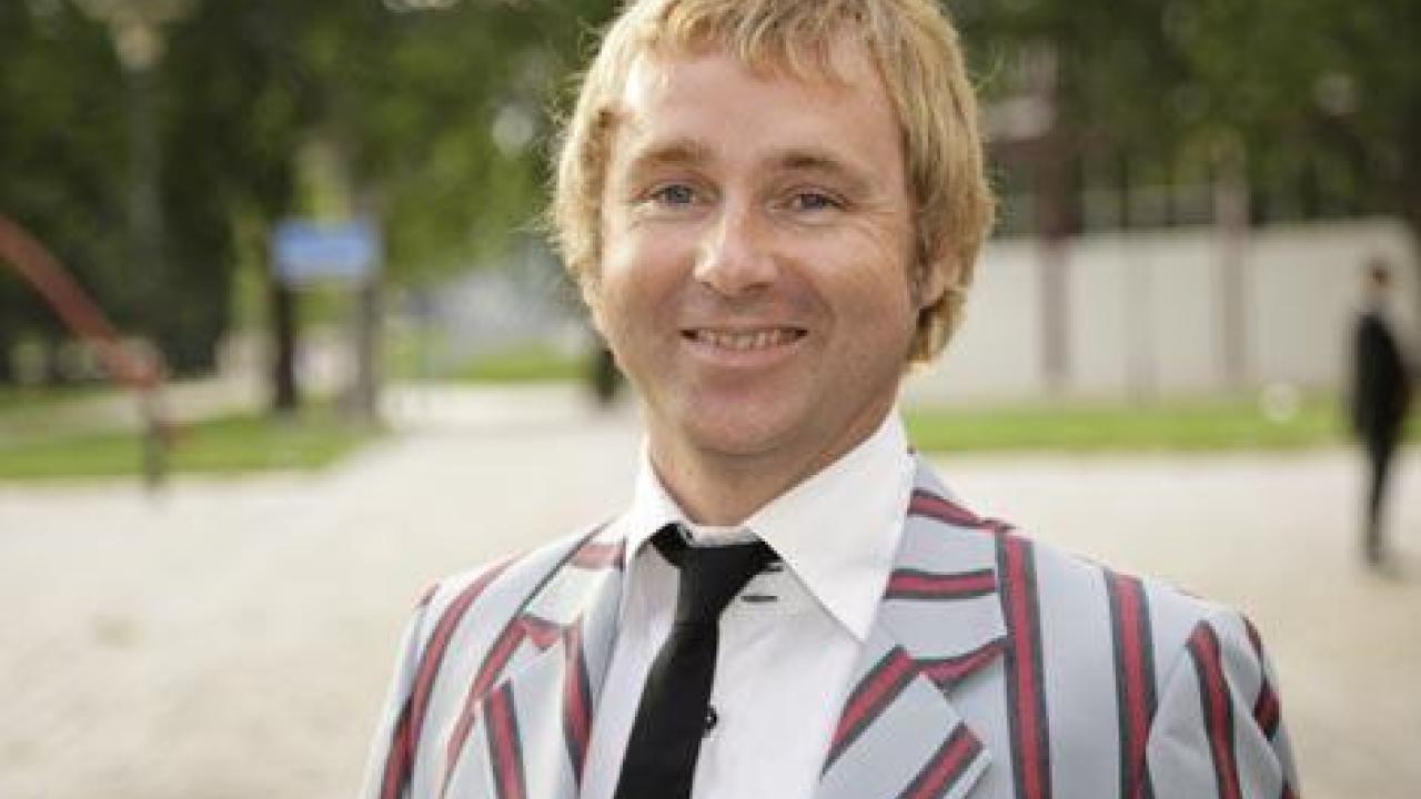 Qui est ce? de Martin du 21 Août trouvé par Martine - Page 2 Al-Jazeera-Sport-Darren-Tulett-quitte-Canal-pour-rejoindre-Charles-Bietry
