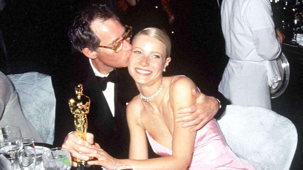 """Le jour où le père de Gwyneth Paltrow lui a dit qu'elle devenait une """"connasse"""""""
