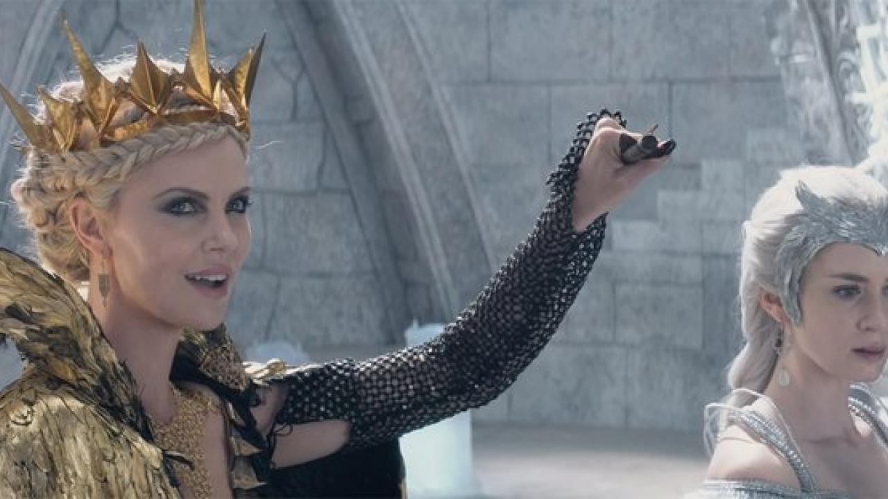 La bande annonce du chasseur et la reine des glaces fait - La reine des glace streaming ...