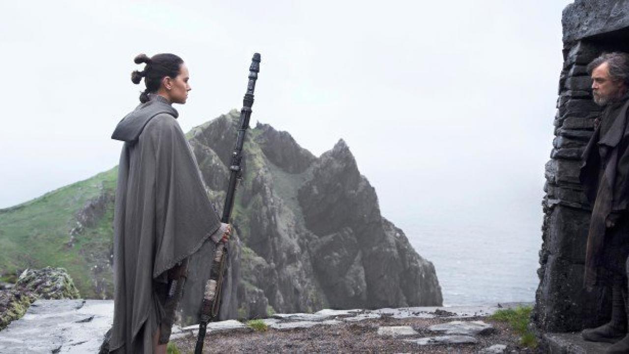 Camera Cachee Star Wars : Star wars mais pourquoi luke skywalker s est il caché sur ach