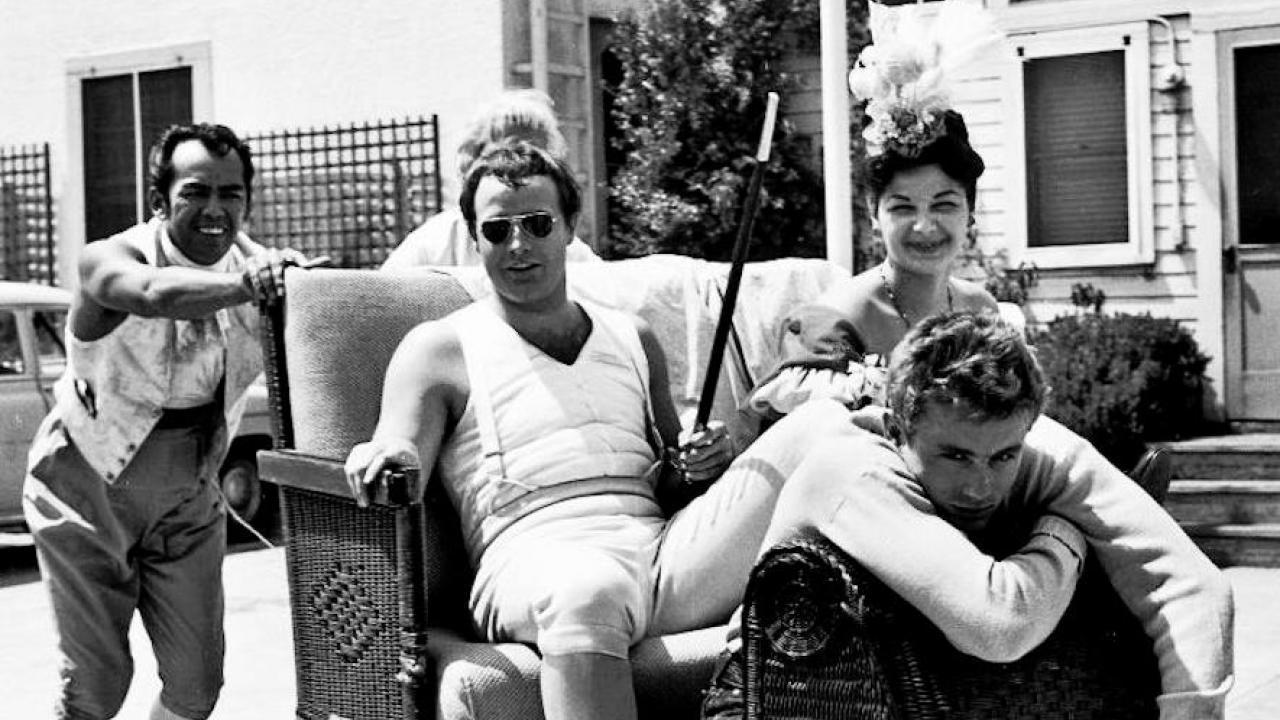 James Dean aurait été l'esclave sexuel de Marlon Brando