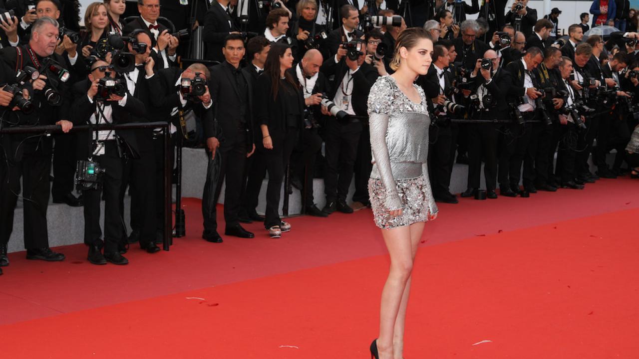 Cannes 2018 Kristen Stewart Sans Chaussures Sur Le Tapis Rouge