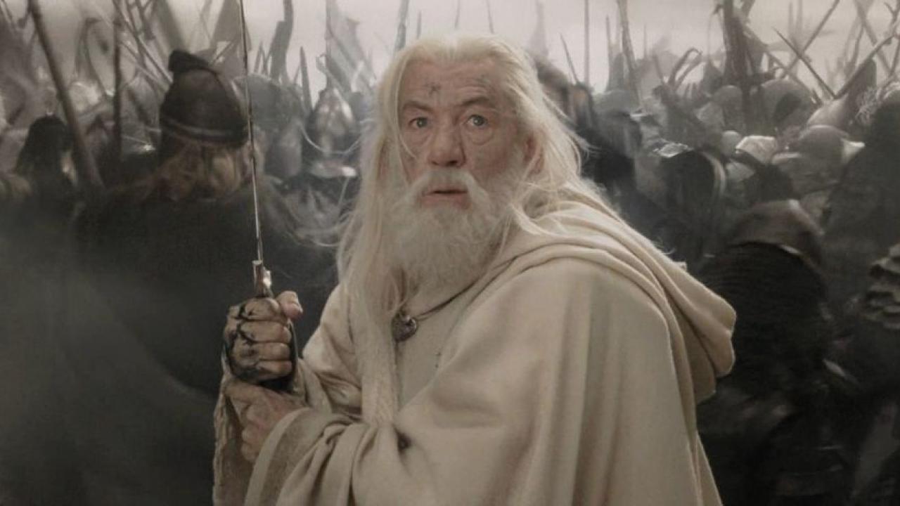 le plus fiable meilleur endroit haut fonctionnaire Un auteur de Game of Thrones rejoint la série Le Seigneur ...