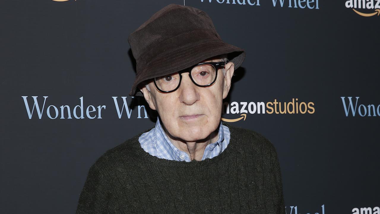 Amazon met le dernier film de Woody Allen au placard