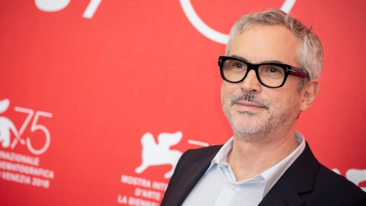 """Alfonso Cuaron a failli réaliser un """"drame familial situé il y a 50 à 100 000 ans"""""""