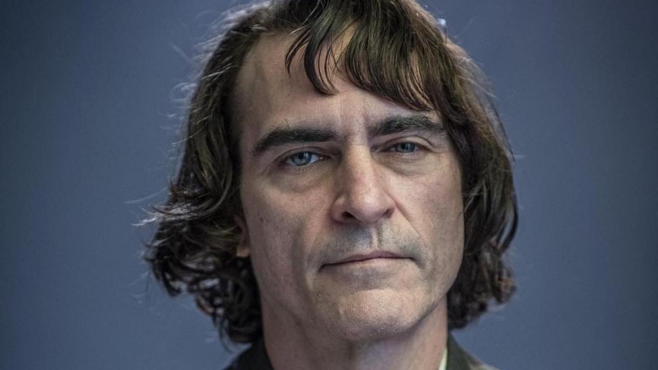 Le Joker de Joaquin Phoenix enfin dévoilé sur une photo officielle