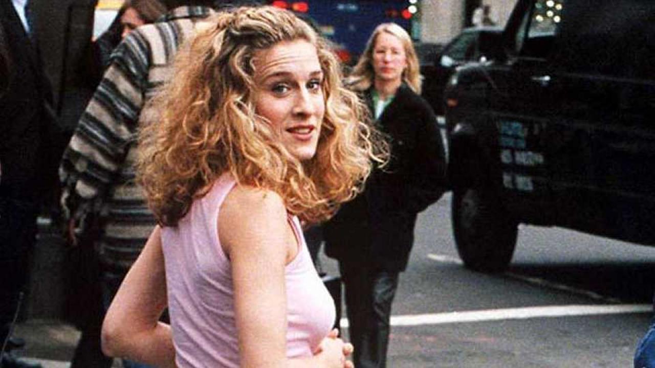 e0f726087a2455 Carrie Bradshaw est de retour, mais pas Sex and the City | Premiere.fr
