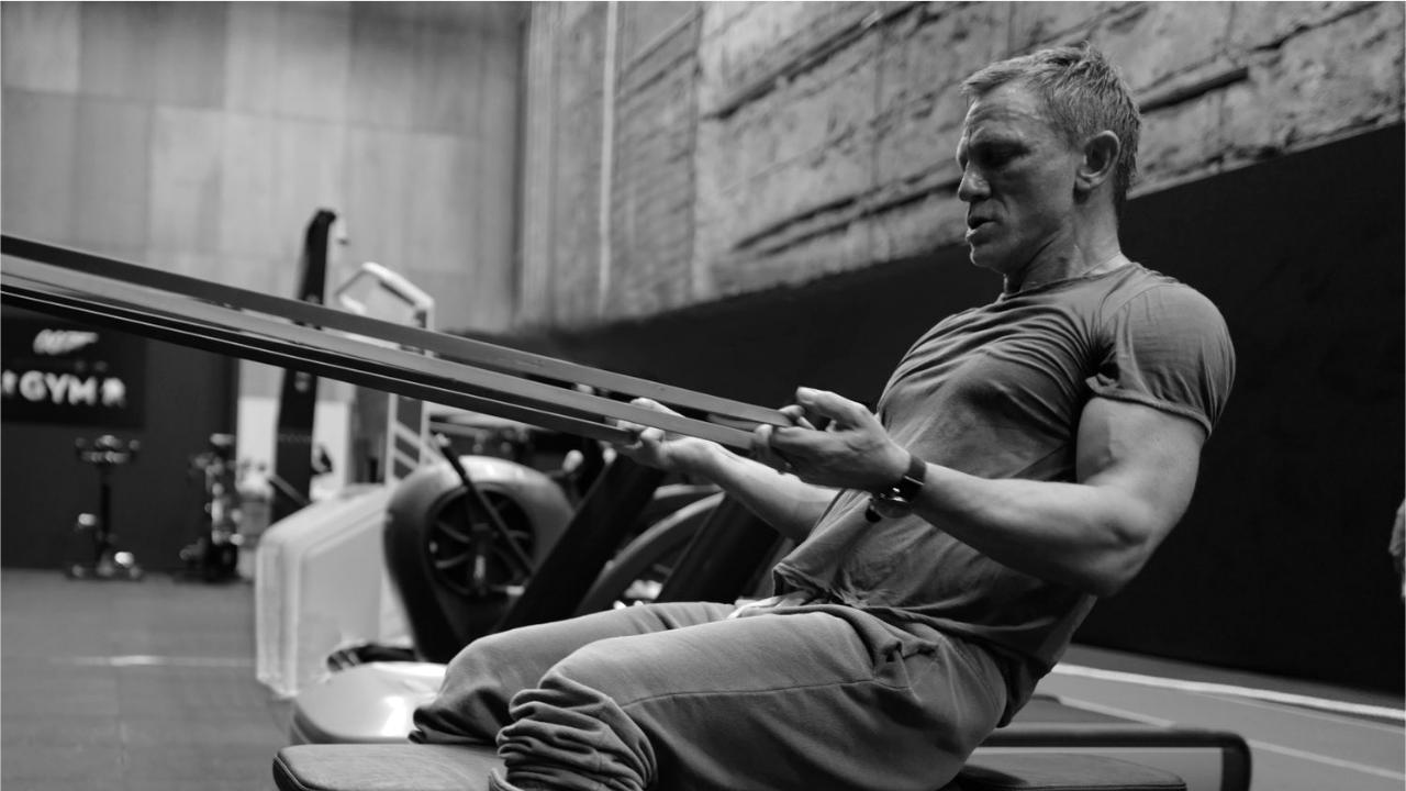 Bond 25 : Malgré sa blessure, Daniel Craig reprend la musculation en image