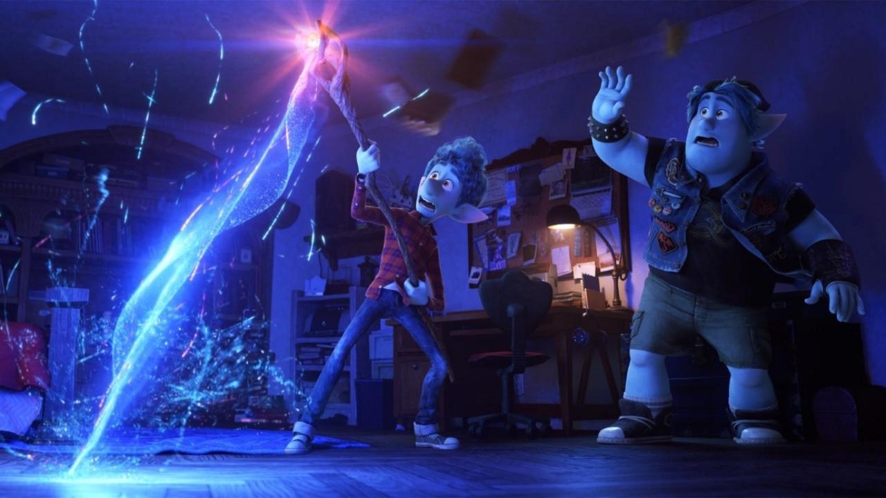 En Avant Pixar Bascule Joliment Dans La Fantasy Critique
