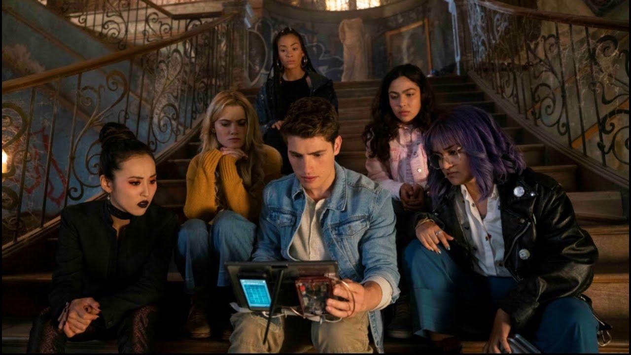 Marvel dévoile un extrait de la saison 3 de Runaways qui sort demain