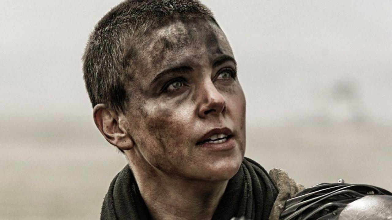 Charlize Theron en Furiosa dans Max Max : Fury Road (2015)