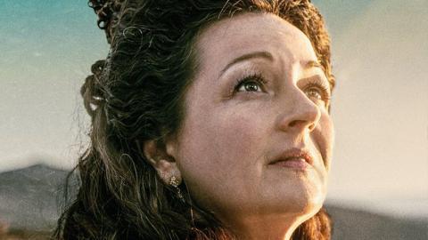 Kaamelott, it's getting closer: Anne Girouard plays Guenièvre