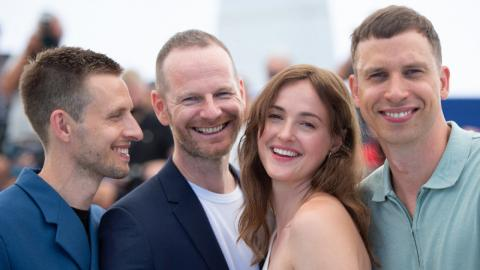 Cannes 2021: Herbert Nordrum, Renate Reinsve, Joachim Trier and Anders Danielsen Lie at Julie's photocall (in 12 chapters)