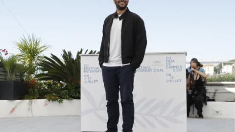 Cannes 2021: Pio Marmaï at the photocall of La Fracture