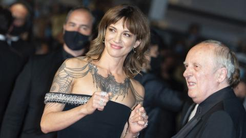 Cannes 2021: Asia Argento accompanies her father Dario Argento to the preview of Vortex, by Gaspar Noé