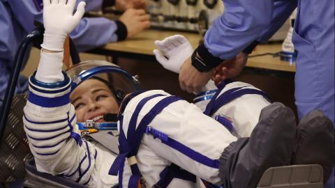 Challenge: Yulia Peresild settling down for the takeoff of the shuttle