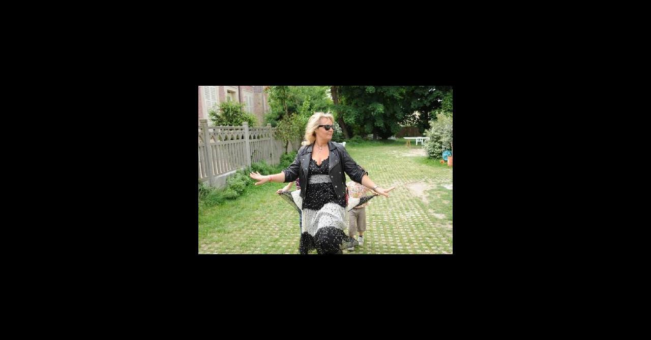 PHOTOS - D&CO : Valérie Damidot vole au secours de Céline et ...