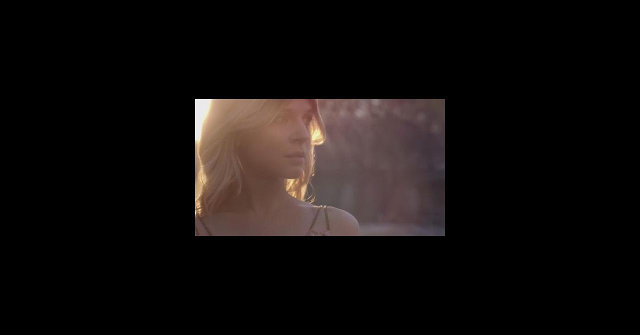 Filme Du Clémence Paradis Poésy Vanessa Laurent Mélanie Avec qpSMzUVG