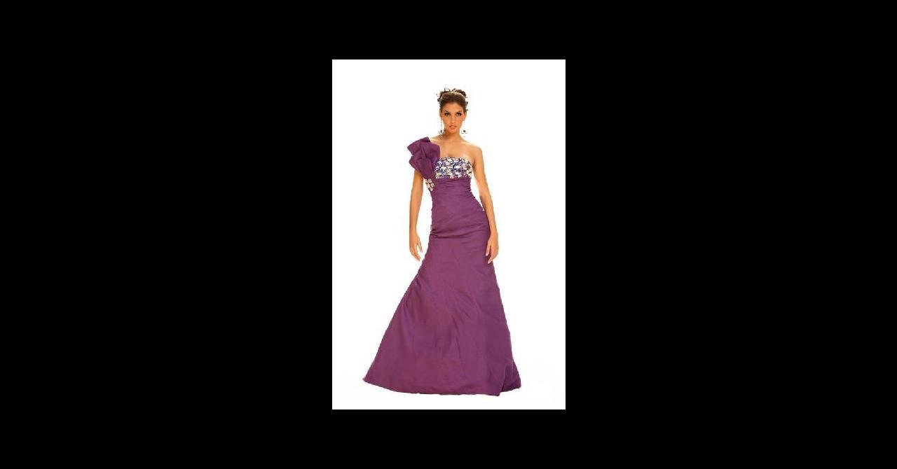 PHOTOS - Miss Univers 2010 : Les robes de soirée des