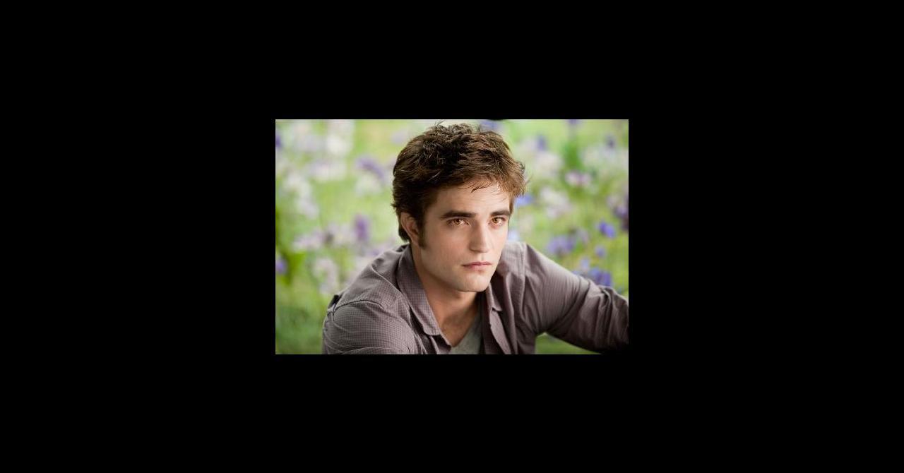 PHOTOS - 5 ans de Twilight   15 révélations de Robert Pattinson ... b434a67e16d2