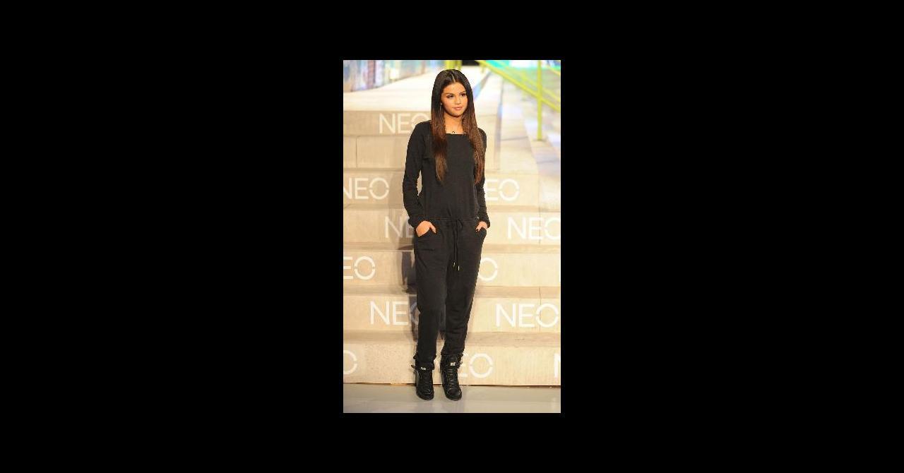 JourDécolletée Sportswear La Nuit Selena Le Gomez TwZukXOPi