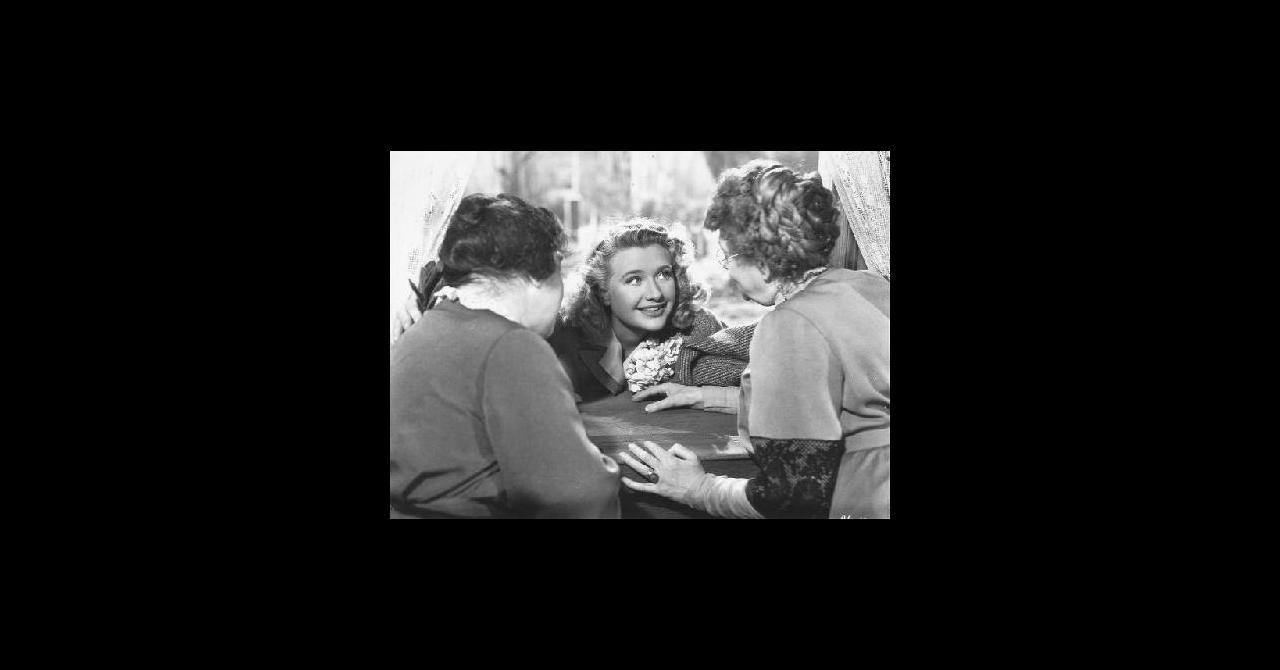 Finola Hughes (born 1959),Miranda Richardson Porno clips DeLane Matthews,Rachael Leigh Cook