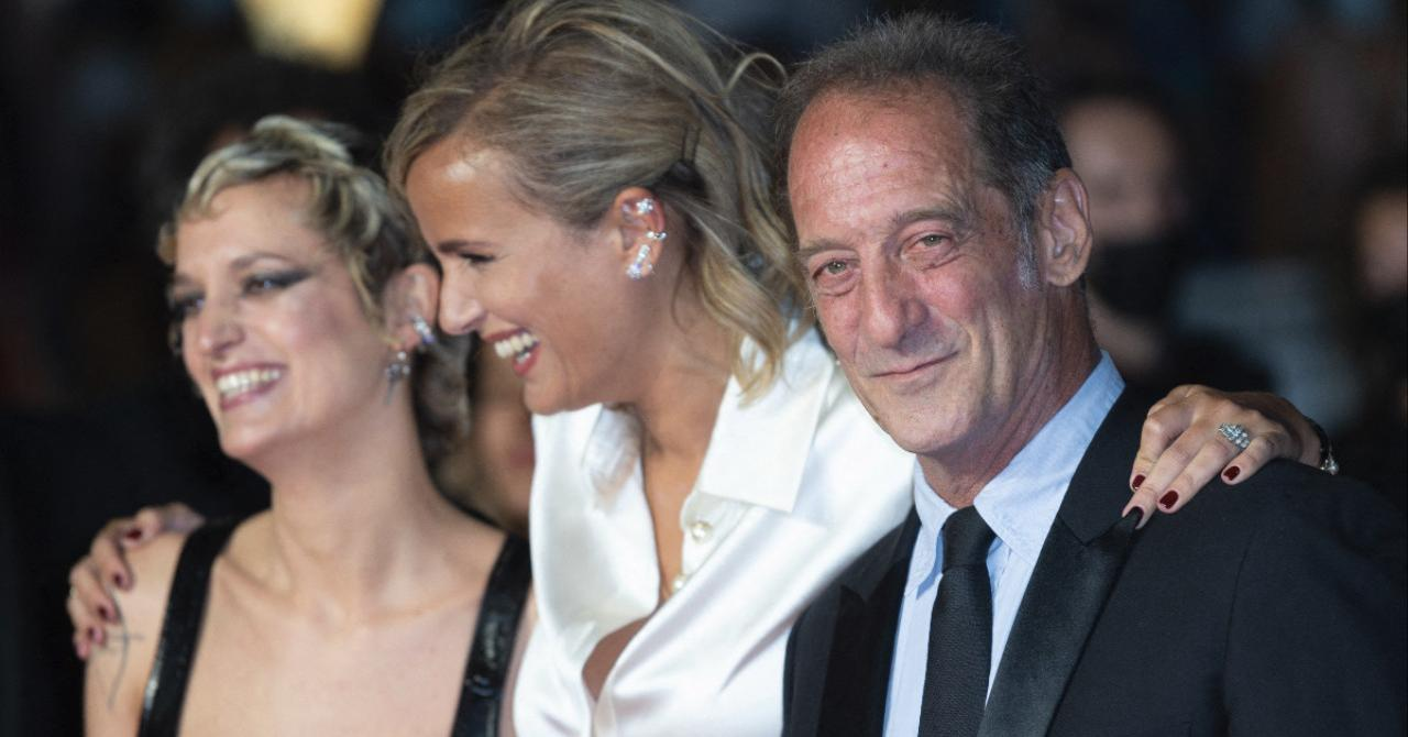 Cannes 2021: Agathe Rousselle, Julia Ducournau and Vincent Lindon on the red carpet of Titane