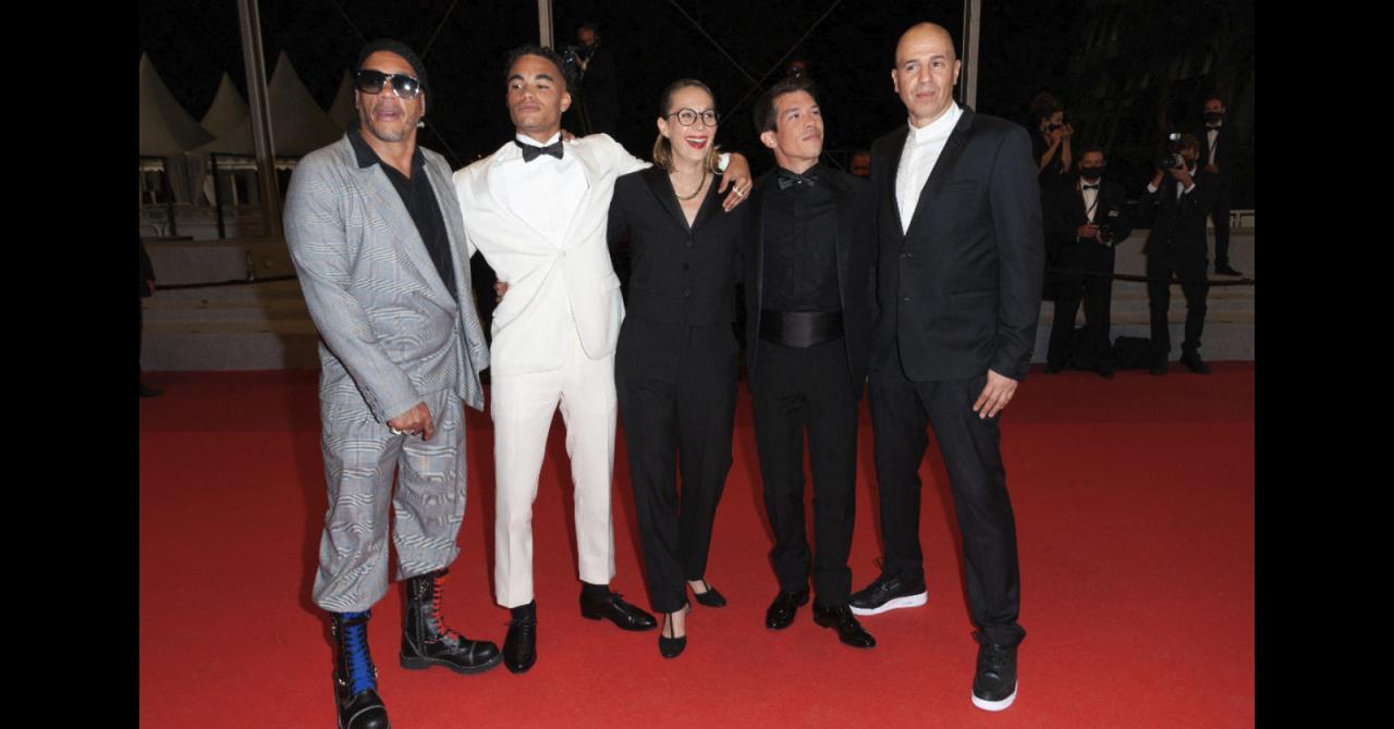 Cannes 2021: JoeyStarr and the entire NTM biopic team, Suprêmes, climb the steps
