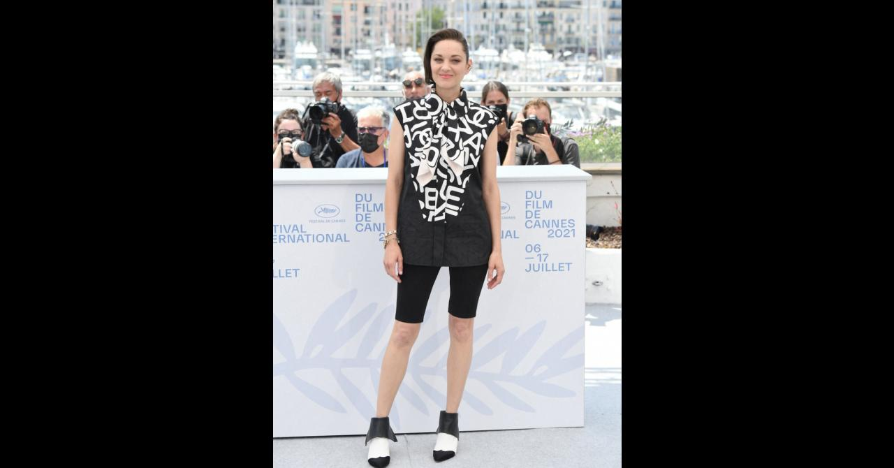 Marion Cotillard at the Annette photocall